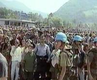 * Documentario in forma di rappresentazione teatrale * Tragedia di Srebrenica e Memoriale di Potocari * Processo penale per Ex Iugoslavia e testimonianze sopravvissuti * Profughi e crimini di guerra *