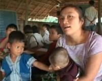 * Vita quotidiana del popolo Karen nella Birmania orientale (ora Myanmar) sotto l'assedio dell'esercito governativo * Attività di soccorso di medici volontari *