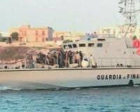 * Sbarchi di immigrati clandestini a Lampedusa *