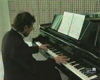 * Testimonianze intorno a Charles Abeles, musicista ebreo, sopravvissuto al campo di internamento * Stato di abbandono della Casa Rossa di Alberobello, campo di internamento fascista dal 1940 al 1942 *