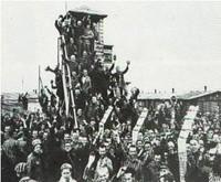 * Testimonianze di deportati a Mauthausen nel 1945 * Vita e immagini di repertorio del campo di concentramento di Mauthausen *