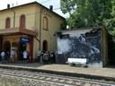 Inaugurata alla stazione di Classe l'opera di Dissenso Cognitivo dedicata alla vittime ravennati Ceci e Marino