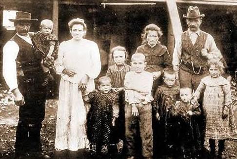 Capitan Pastene 1910, la famiglia Castagna
