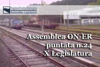 """Il piano triennale 2016-2018 della Giunta regionale con gli indirizzi in materia di programmazione del trasporto pubblico regionale e locale, approvato a maggioranza nell'ultima seduta dell'Assemblea legislativa, con il voto favorevole di Pd e Sel, contrario di Ln, M5s, Fi e Fdi-An e l'astensione di AltraER, è al centro della 24^ puntata di """"Assemblea ON-ER"""". Su questo tema si confrontano i consiglieri: Manuela Rontini (Pd), Massimiliano Pompignoli (Lega nord), Giulia Gibertoni (M5s), Igor Taruffi (Sel), Tommaso Foti (Fdi-An) e Piergiovanni Alleva (AltraEr).Di seguito, due brevi servizi. Il primo riguarda l'elezione, avvenuta nell'ultima seduta assembleare, dei consiglieri Stefano Caliandro (Pd) e Silvia Piccinini (M5s) nel Consiglio di indirizzo della Fondazione """"Scuola di Pace di Montesole"""", mentre il secondo dà notizia della mostra """"Alberto Manzi. Un maestro nell'Italia che voleva crescere"""" inaugurata nella sede dell'Assemblea legislativa a Bologna, martedì 8 settembre, dalla presidente dell'Assemblea legislativa, Simonetta Saliera."""