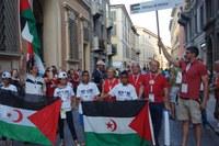 Ai Giochi del Tricolore di Reggio Emilia folla di bambini Saharawi